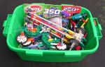 Green Box of K'Nex